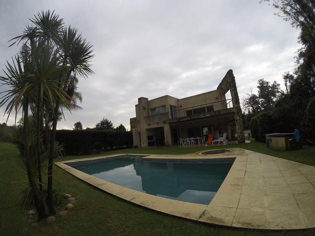 Casa - Nautico Escobar