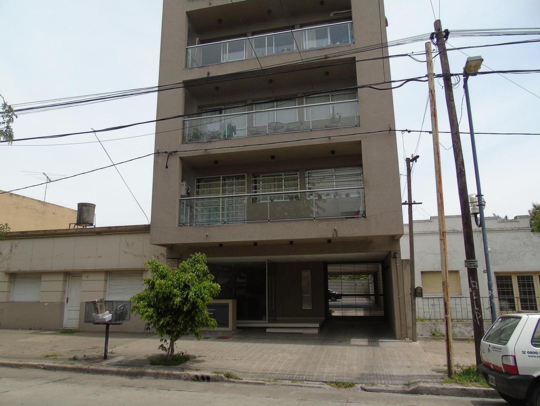 Departamento en Alquiler La Plata 2 dorm. con cochera Calle 61 e/ 26 y 27 Dacal BIenes Raices