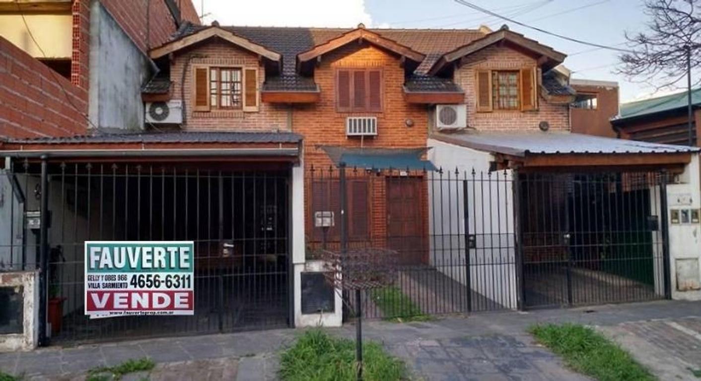 DUPLEX DE 3 AMBIENTES AMPLIOS EN VENTA - VILLA SARMIENTO - LIMITE CON EL PALOMAR