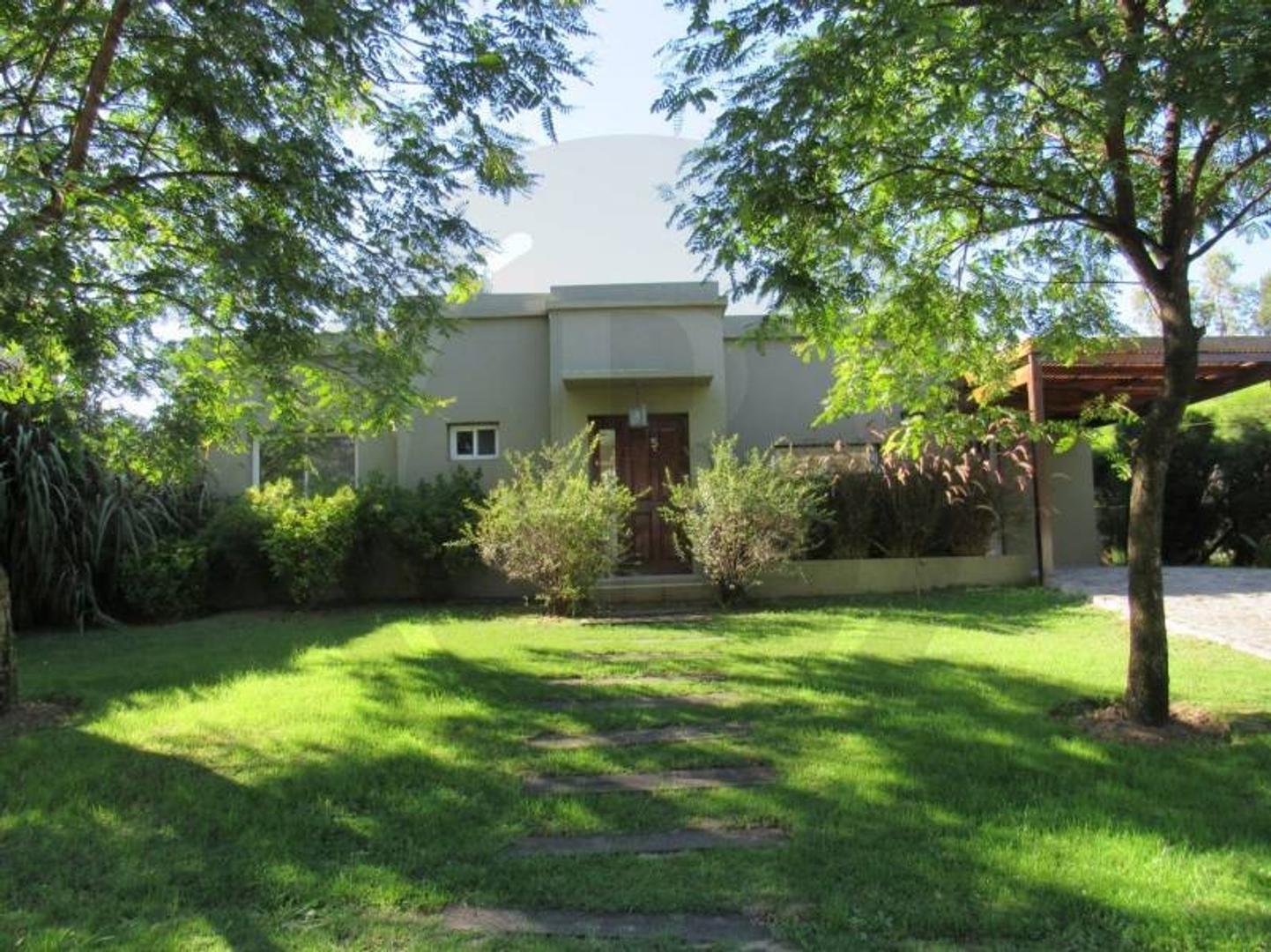 BUSTAMANTE PROPIEDADES - SAN AGUSTIN - 7954 - Casa en Venta