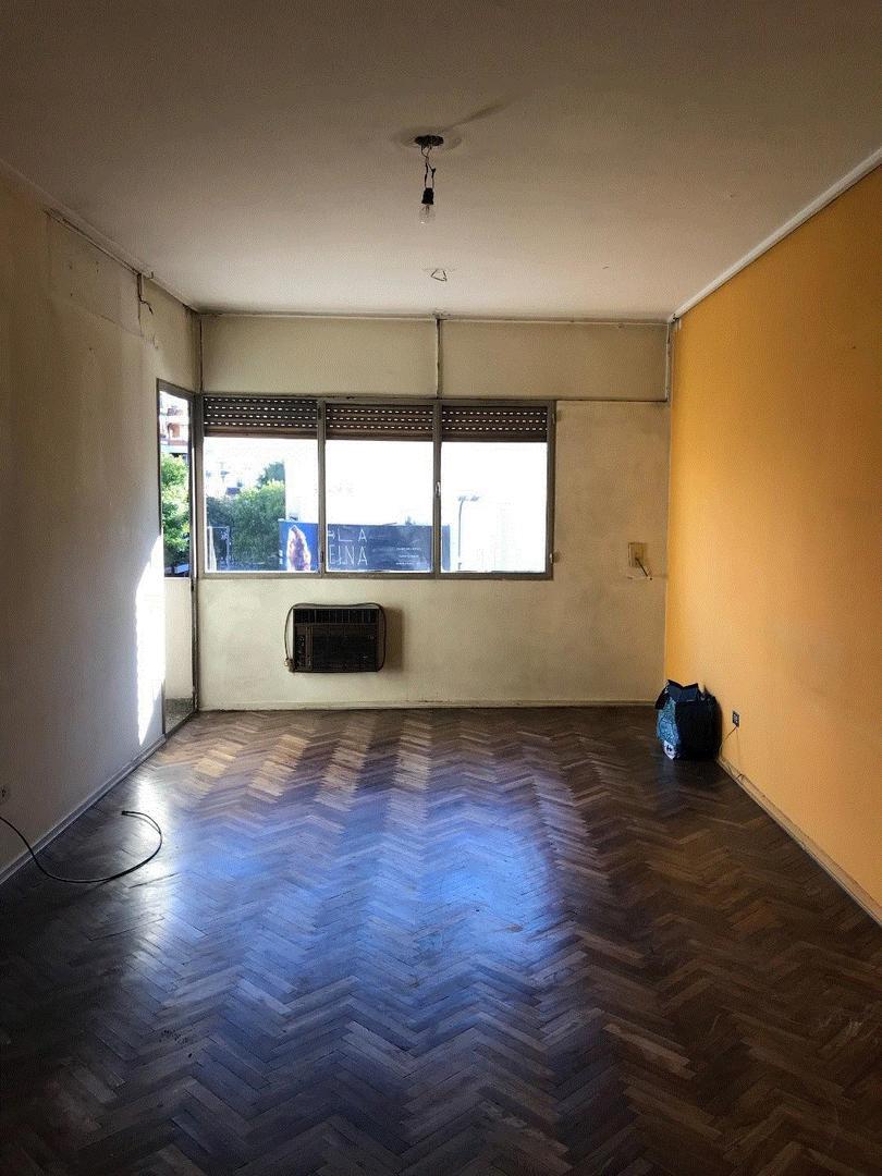 Belgrano 3 ambientes con dependencias y balcon U$S 218.000