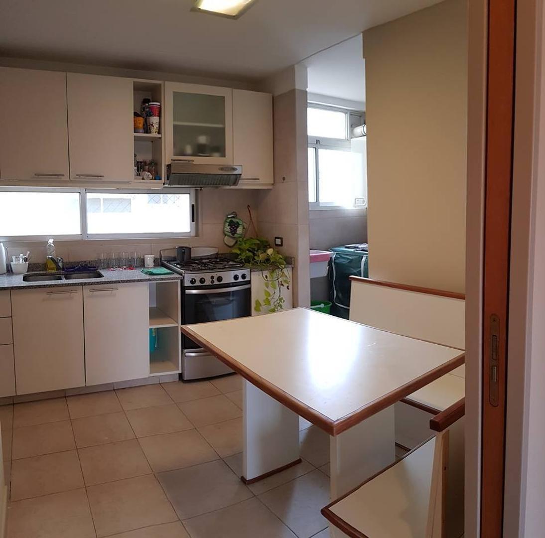 Departamento - 70 m²   2 dormitorios   Contrafrente