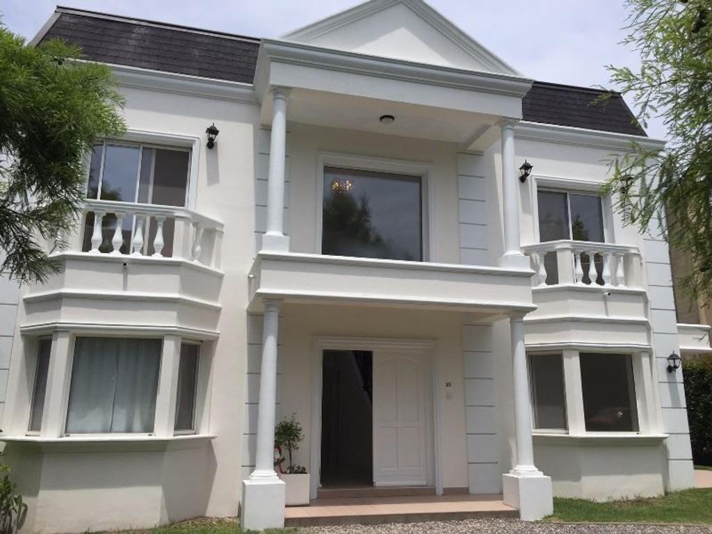 Casa en alquiler en casa en alquiler club de campo abril for Casas de campo en alquiler