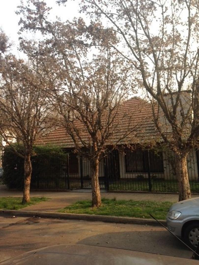 Casa - Venta - Argentina, San Fernando - GILARDI  3500