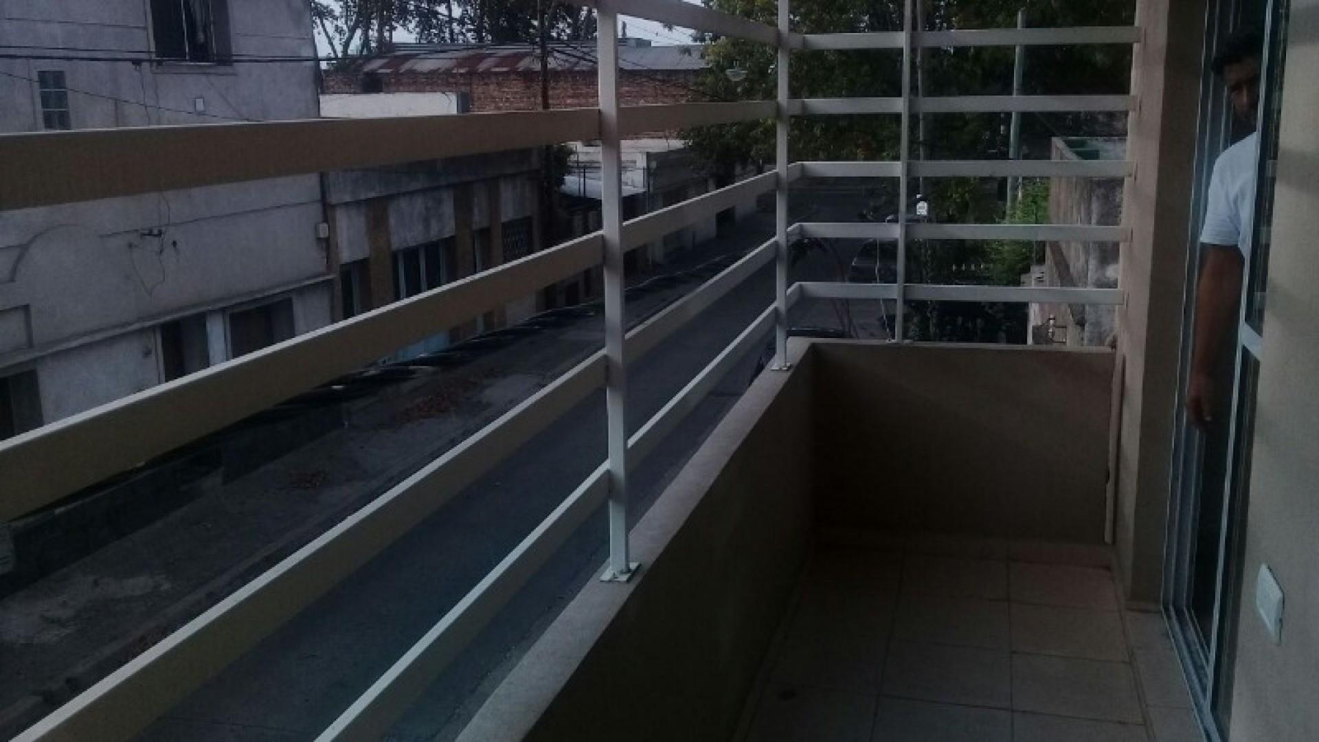 Departamento de un dormitorio balcón  bajas expensas