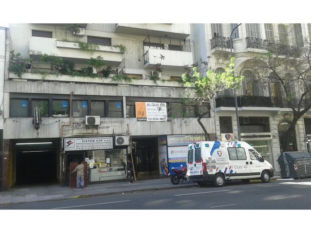 Belgrano 1735 - Oficina con dos despachos, Cocina, Baño, Opcional Cochera, Frente Fundación favaloro