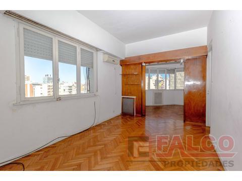 Rivadavia 6100 y Morelos - 8° piso - 3 ambientes con dependencia