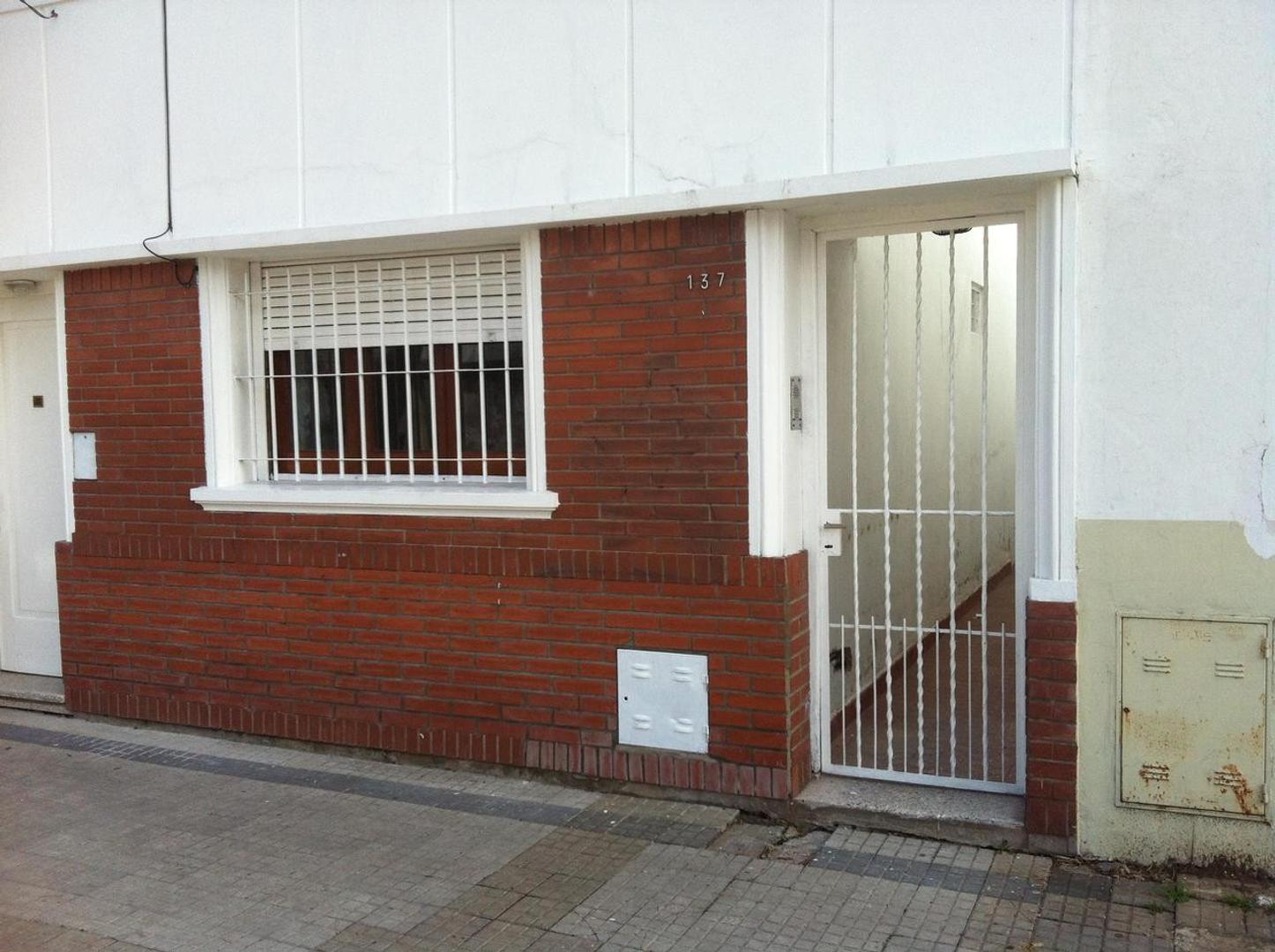 Departamento PB en Alquiler La Plata calle 37 e/ 117 y 118  Dacal Bienes Raices