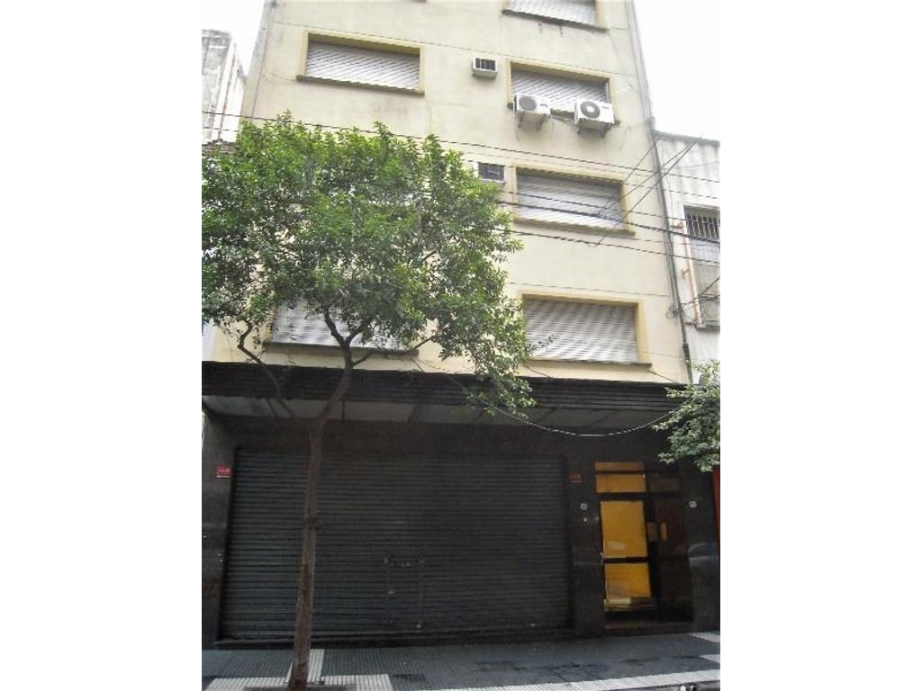 Oficina al frente impecable en pleno Once a dos cuadras de Corrientes, subte y 2 cuadras de Córdoba