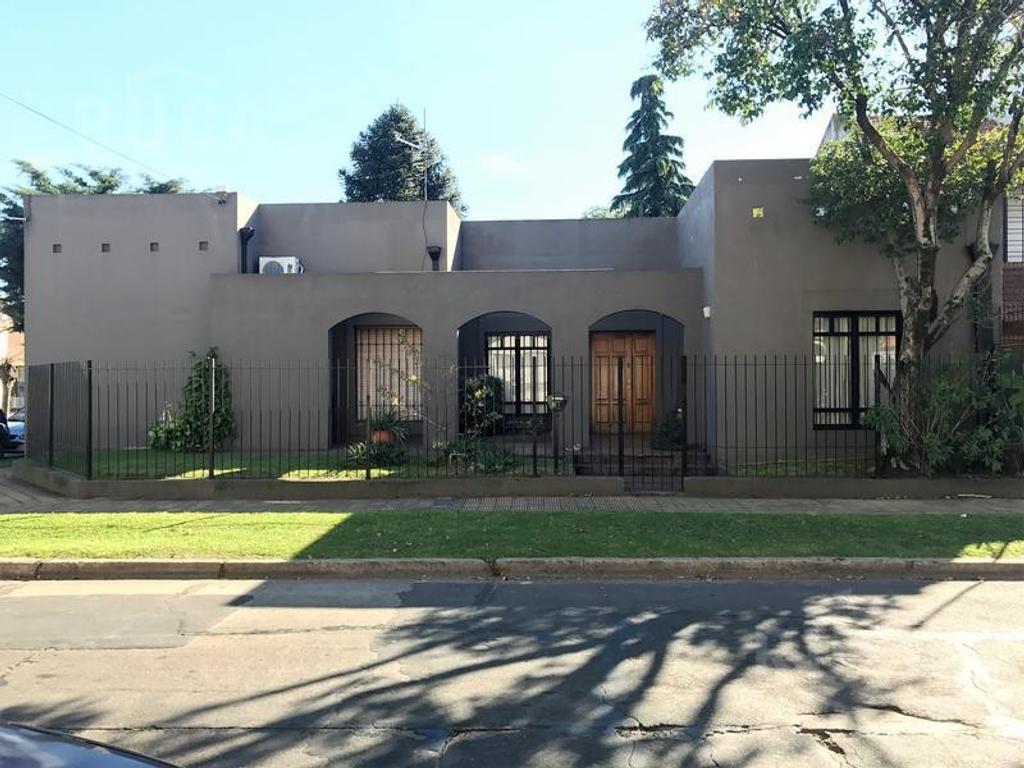 Ruca Inmuebles | Venta | Martinez | Hermosa casa estilo colonial | Libertad al 900