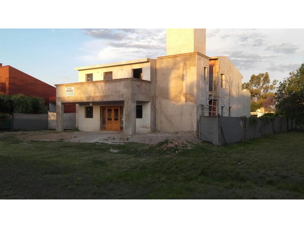 Hermosa propiedad a terminar en Country Solares de San Alfonso, Villa Allende, Córdoba