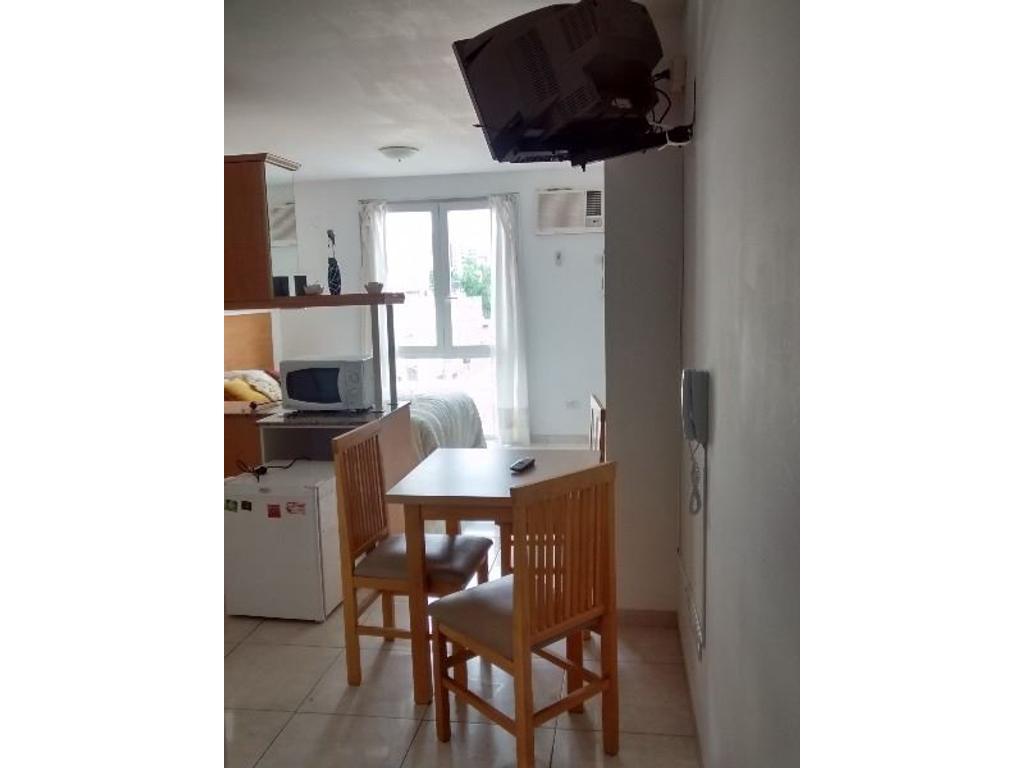 Monoambiente. Muebles opcionales. $5000