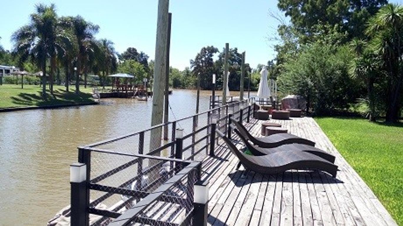 VENTA-casa -country cerrado-nordelta-boatcenter-pileta-4 dormis-GBA-tigre-rincon de milberg-entrada