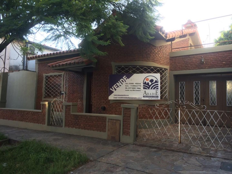 Casa en Venta en Centro (Campana) - 3 ambientes