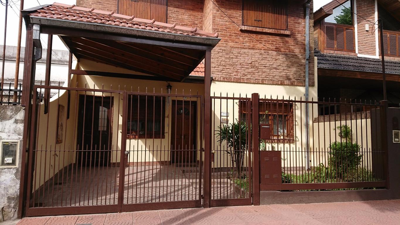 Hermosa casa 5 ambientes