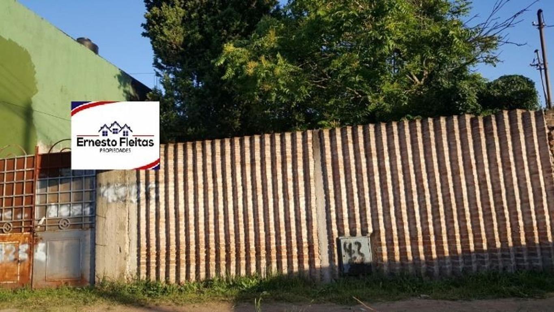 Ibarrola 4200, Barrio Villegas, San Justo. Casa dos plantas
