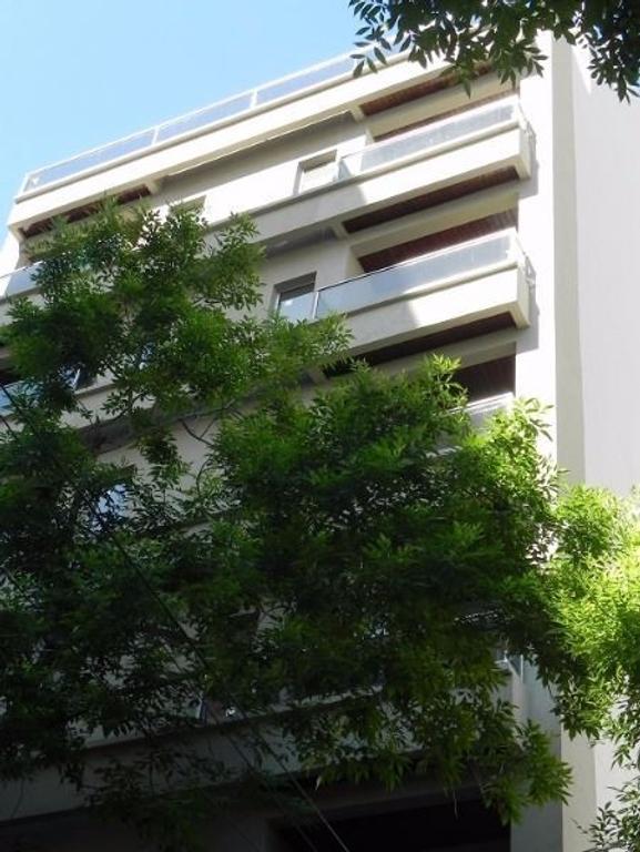 Importante Piso a estrenar de 4 ambientes con balcón terraza, cochera y de gran calidad