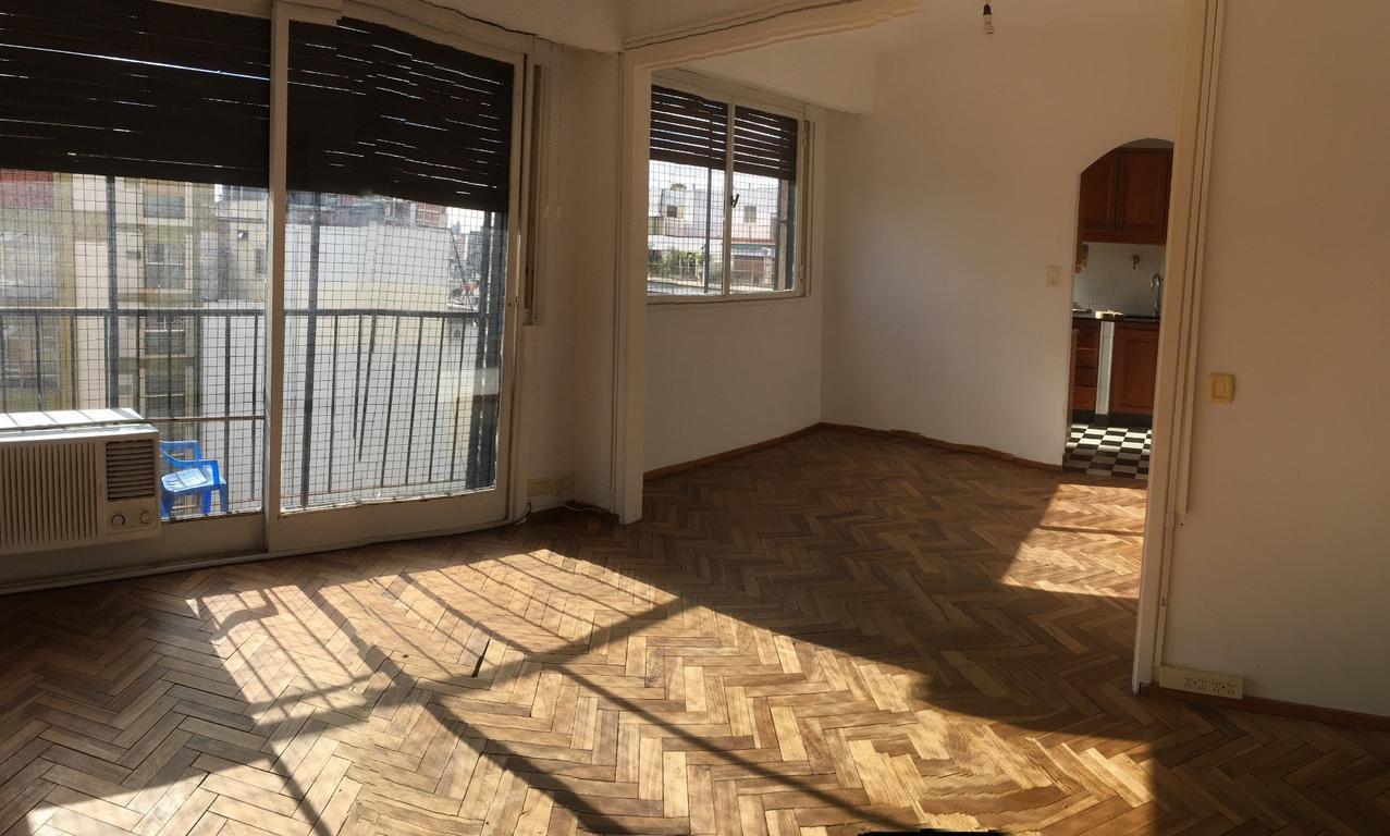 Dueño Alquila depto en Caballito living en L 2 dorm baño y toilete lavadero