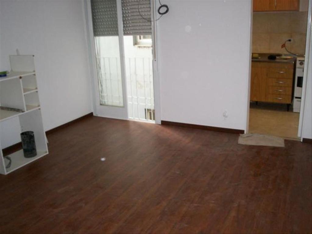 Departamento En Alquiler En Av Rivadavia 16456 Haedo Sur Argenprop # Muebles Wood Haedo