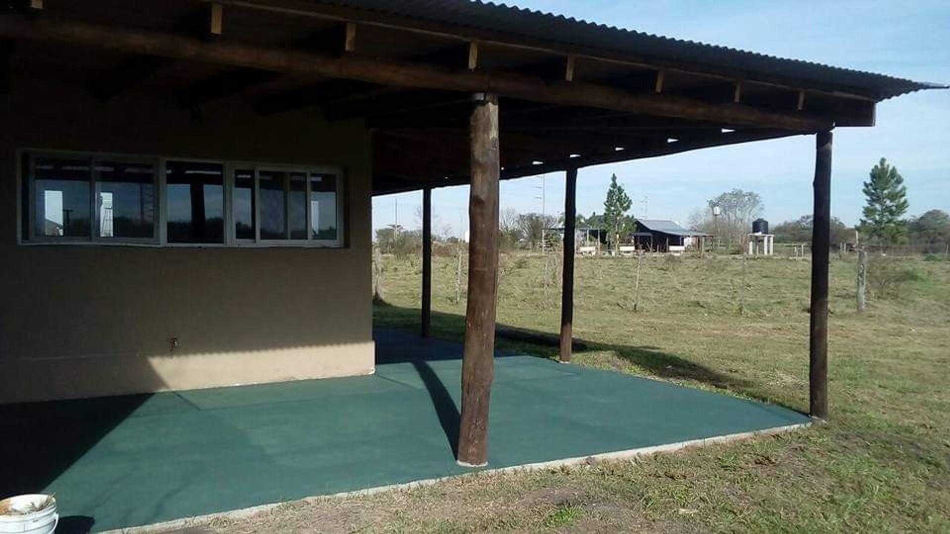Casa en Venta en Colon - 4 ambientes