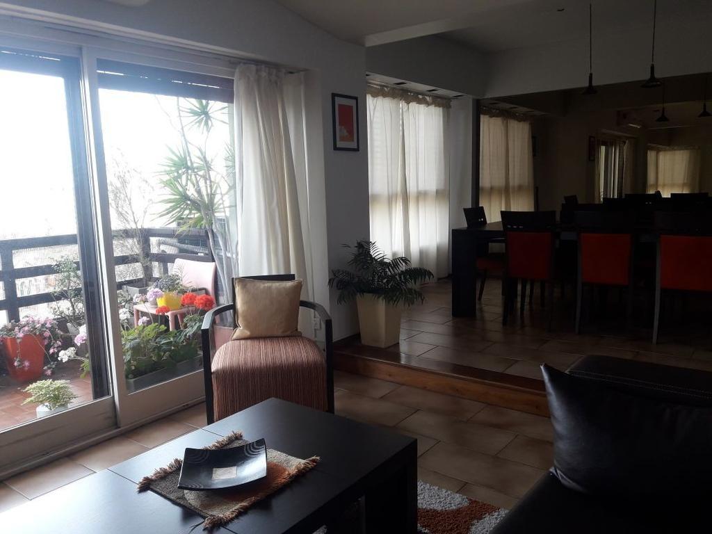 Excelente Piso el Frente, 3 dormitorios, Dependencia, Cochera, FINANCIACION PROPIA