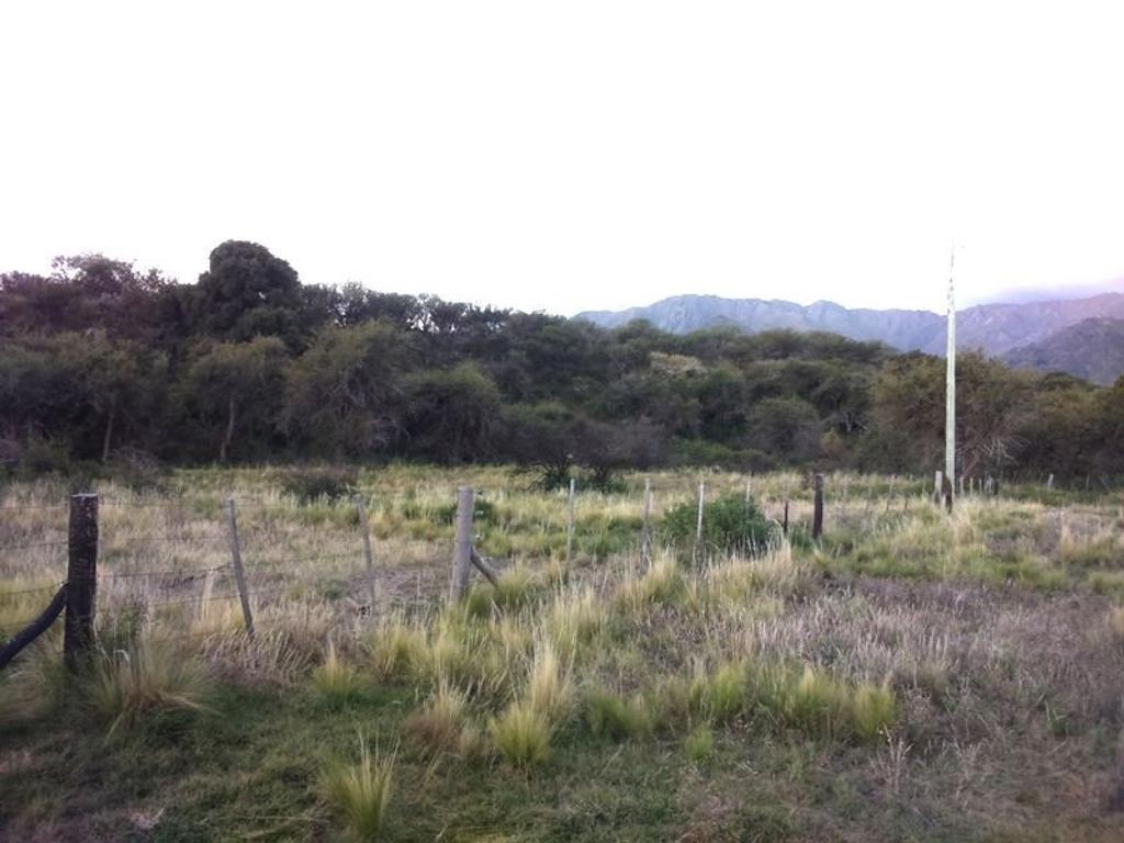 Terreno mas de 1000mtrs2, al pie de las sierras, financiación