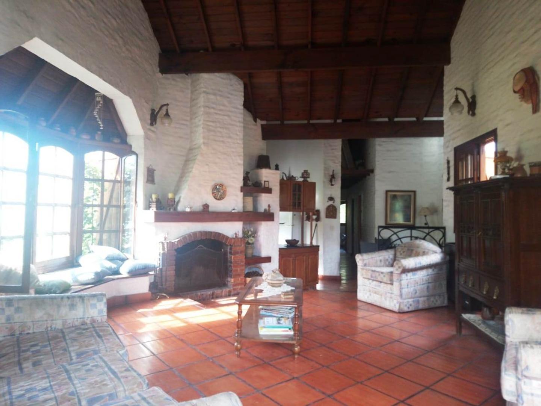 Casa en Alquiler en Country Club Banco Provincia