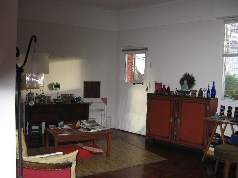 Hermoso depto tipo casa Salguero y Córdoba