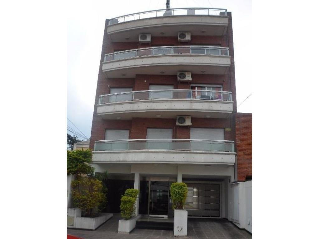 Departamento en alquiler en nueva york 5067 villa devoto for Alquiler piso nueva york