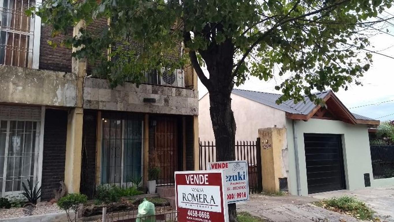 Duplex al frente, 3 ambientes, Castelar Norte