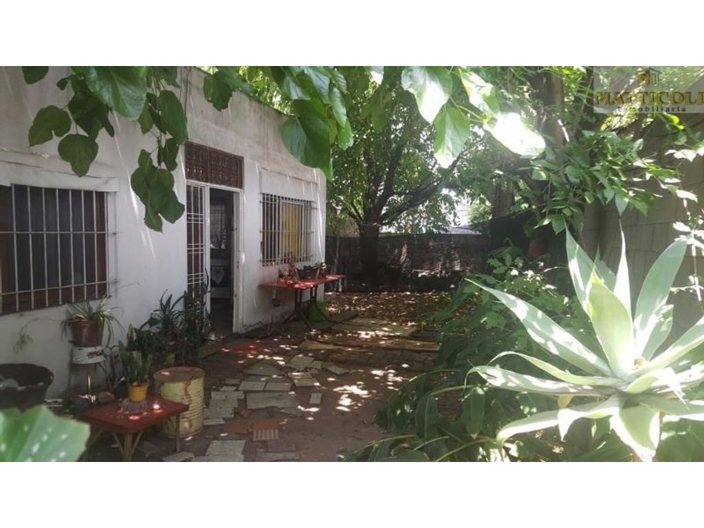 Departamento tipo casa en venta en 71 am rica 3900 villa for Jardin belen villa ballester
