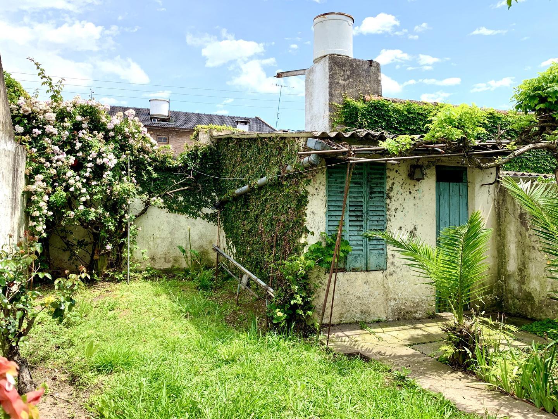 Casa en Barrio Don Bosco con 2 habitaciones