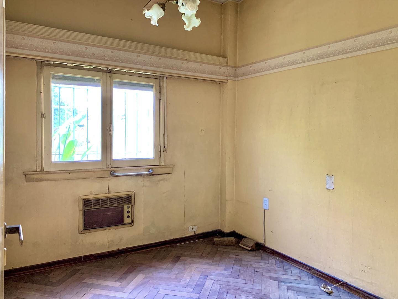 Casa - 110 m² | 2 dormitorios | 65 años