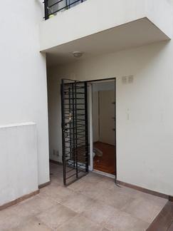 2 ambientes con patio en edificio con amenties quincho, parrilla y piscina