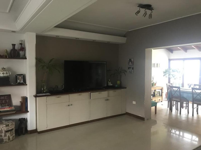 Wineberg al 2500  - 5 ambientes con cochera