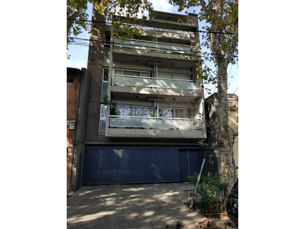 Hermoso 4 Ambientes  APTO CREDITO CFte  balcon y Terraza Propia Baño y Toilete