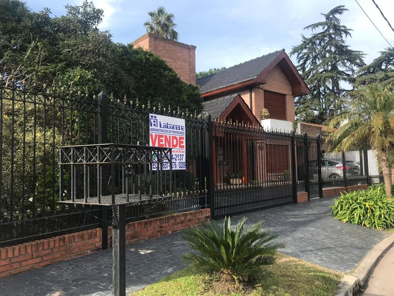 Casa en Venta en Barrio Uno - 5 ambientes