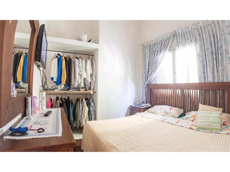 Casa en Venta - 4 ambientes - USD 145.000