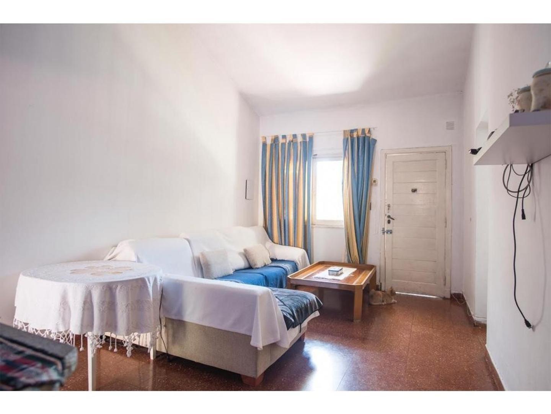 Casa - 3 dormitorios | 45 años | 1 baño