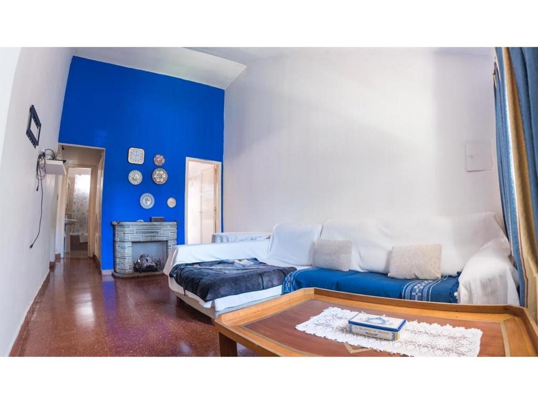La Chilca 1700 - Circ. 4 - Secc. 7 - Manzana 20 - Casa 0, Piso - - 4 ambientes con cochera