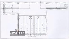 Complejo de 9 Locales en el Centro Comercial de Ezeiza