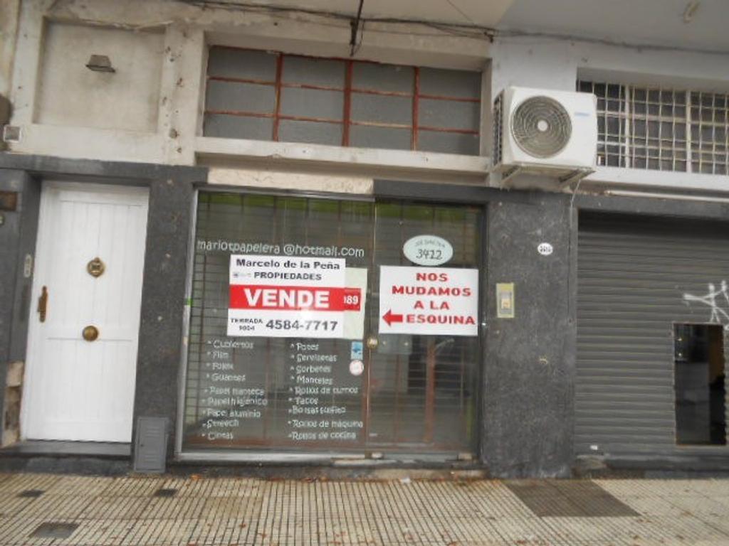 Local sobre Avenida GAONA 123.76 m2