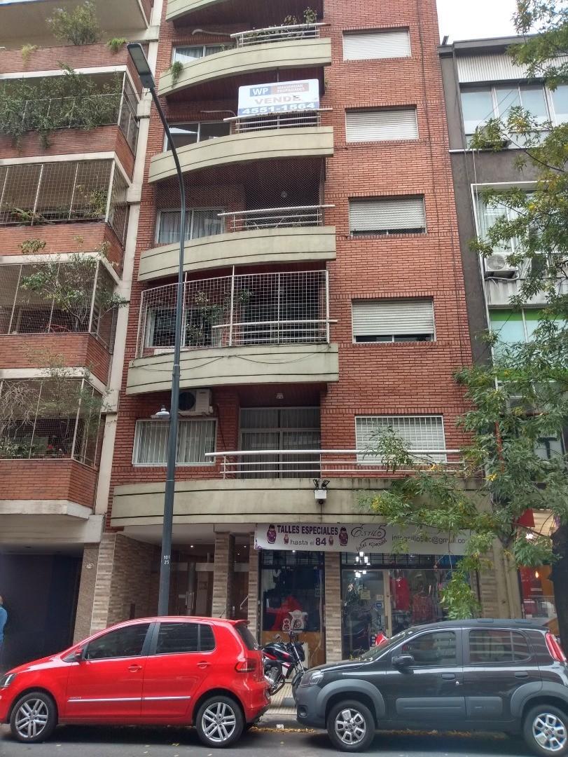 Departamento en Venta en Belgrano C - 3 ambientes
