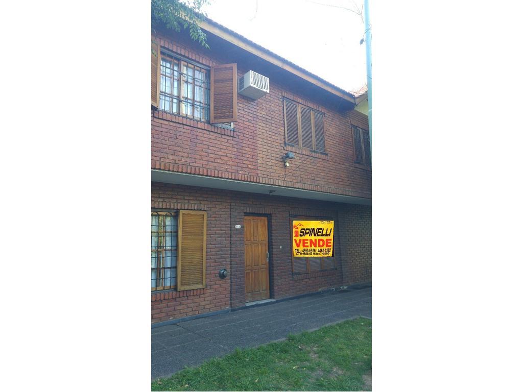 Duplex de tres ambientes en venta en Moron Sur Apto Credito