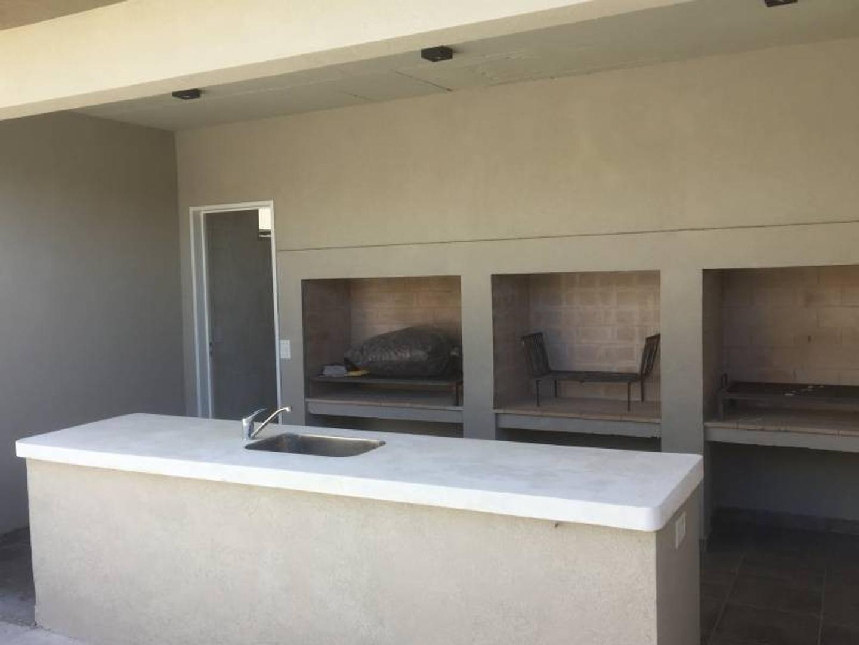 IMPERDIBLE!!!!  2 ambientes en suite. en espigon