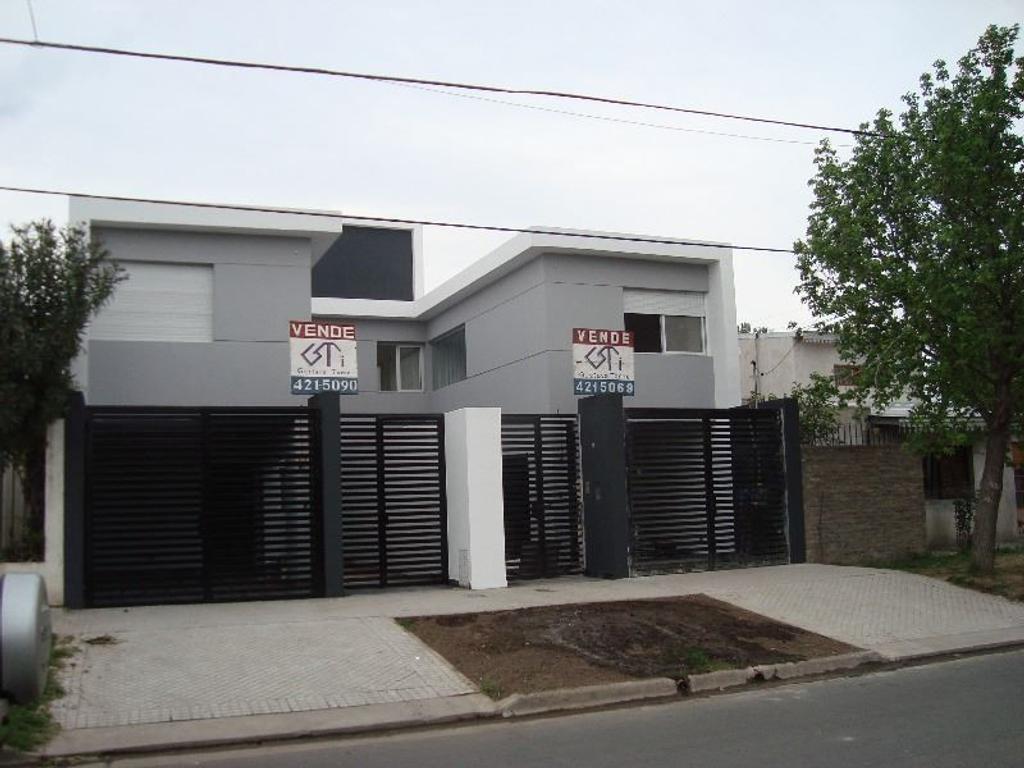 Casa En Venta En G White 7751 Fisherton Inmuebles Clar N # Muebles Fisherton