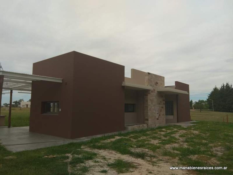 Vendo excelente casa a estrenar en club de Campo.