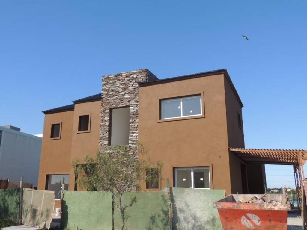 Casa a la laguna venta en el barrio san Gabriel Villa Nueva Tigre