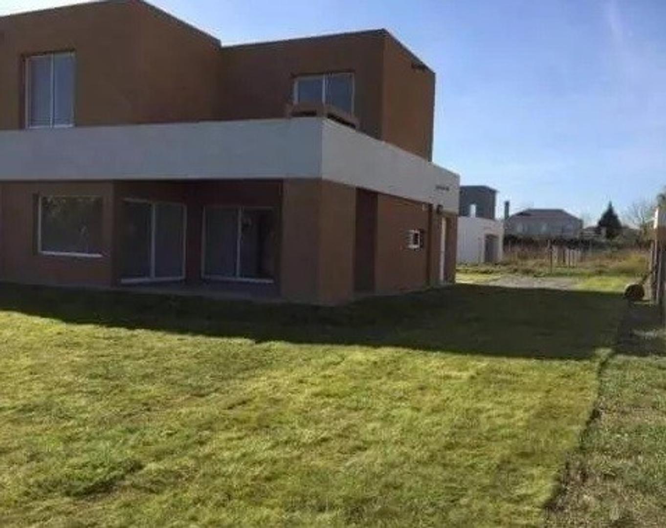 Susana Aravena Propiedades FV casa en Venta en Casas del este