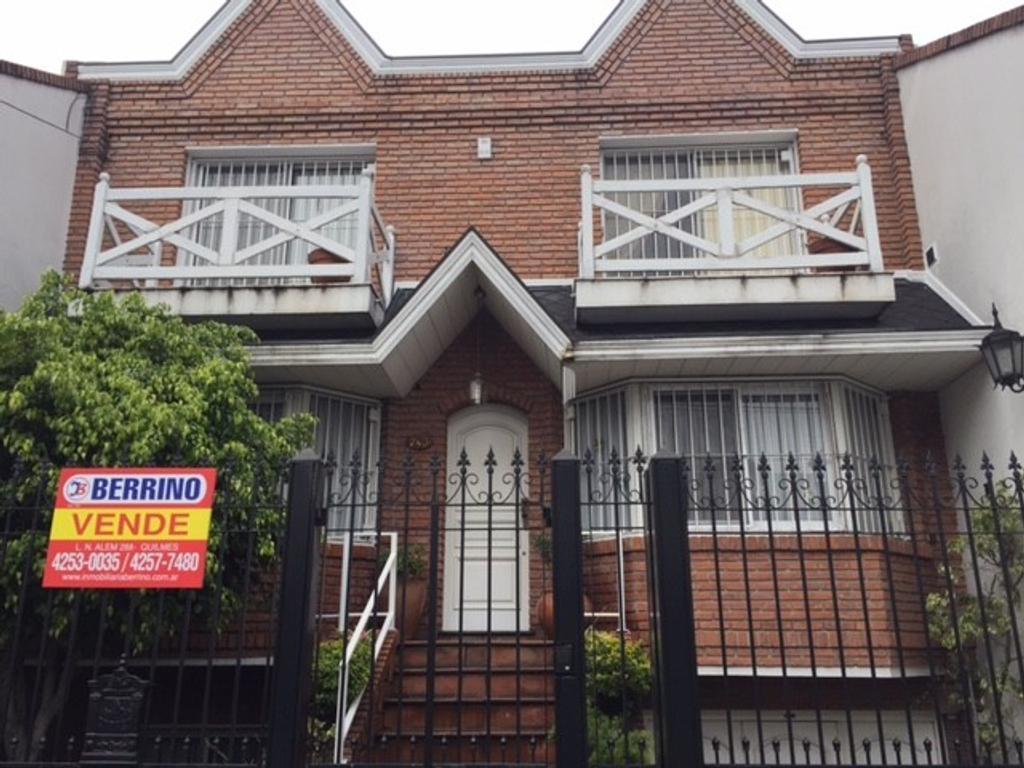 Chalet de 6 ambientes en pleno centro de Quilmes - Humberto Primo al 200, Quilmes Centro